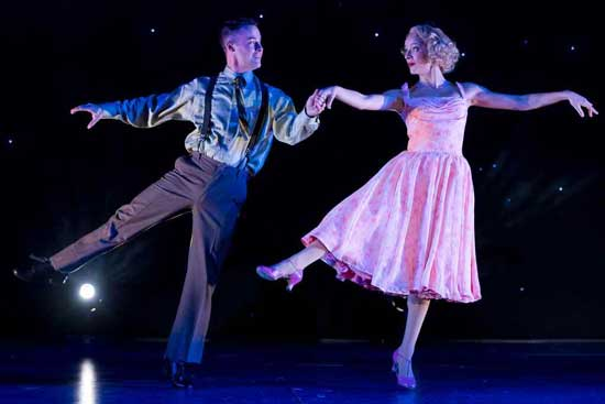 Matt Raftery Shines In Drury Lane's WHITE CHRISTMAS 1 HIGHLY RECOMMENDED