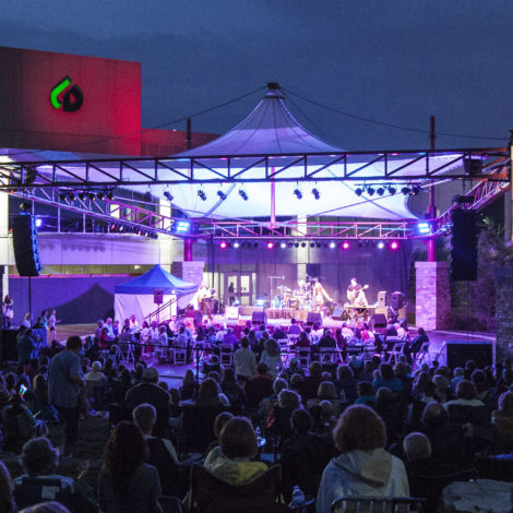 MAC'S 2018 LAKESIDE PAVILION FREE OUTDOOR SUMMER SERIES OF FILMS AND CONCERTS