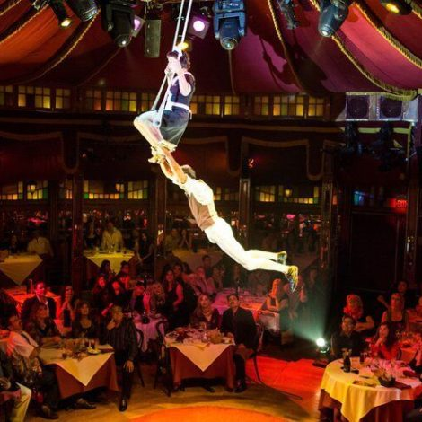 """Broadway In Chicago Announces """"LOVE, CHAOS & DINNER"""" Launching this Spring In Brand New Venue in Chicago Theatre District"""
