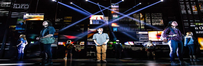 "Broadway In Chicago Announces ""DEAR EVAN HANSEN"" RETURN ENGAGEMENT 1 Ben Levi Ross as 'Evan Hansen' and the Company of the First North American Tour of Dear Evan Hansen. Photo by Matthew Murphy. 2018"
