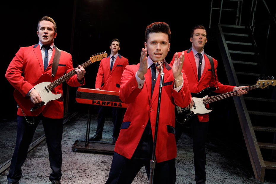 Interview with <em>JERSEY BOYS</em> Star JONNY WEXLER 2 JONNY WEXLER (Frankie Valli) discusses the continuing success of Jersey Boys and the underlying message of the value of friendship that makes this bio-musical chronicling the career of Frankie Valli and The Four Seasons relatable to audiences worldwide. Back by popular demand, JERSEY BOYSwill return to Chicago for a limited one-week engagement April 2 – 7, 2019. Broadway In Chicago presents the show at The Auditorium Theatre (50 Ida B. Wells Dr.). For tickets and more information visit BroadwayInChicago.com.