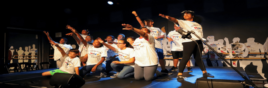 Auditorium Theatre's <em>Hearts to Art</em> Summer Camp Returns July 2020
